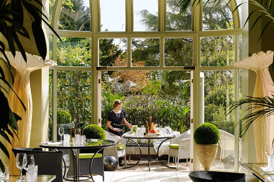 Hayfield Manor Perrotts Al Fresco Dining