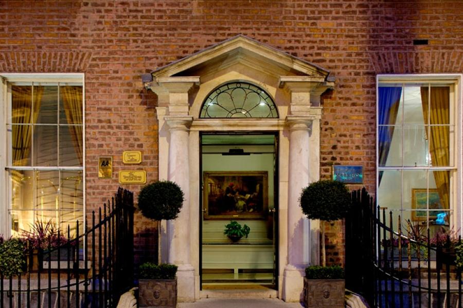 Merrion Hotel Entrance