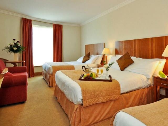 Broadhaven Bay Hotel bedroom